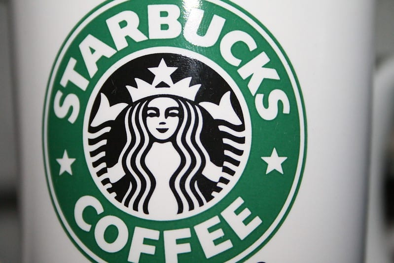 Tout ce qu'il faut savoir sur le programme Récompenses Starbucks